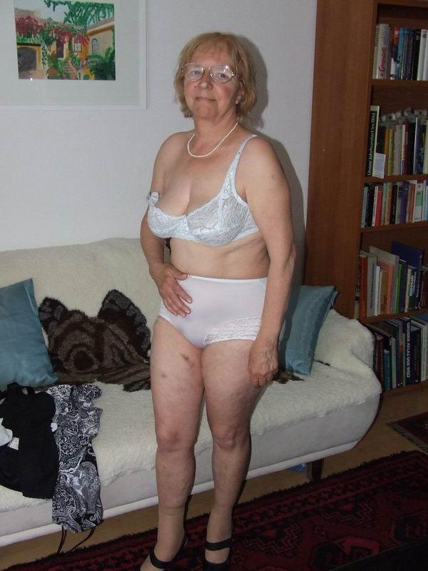 image Omafotze old granny amateur pictures compilation