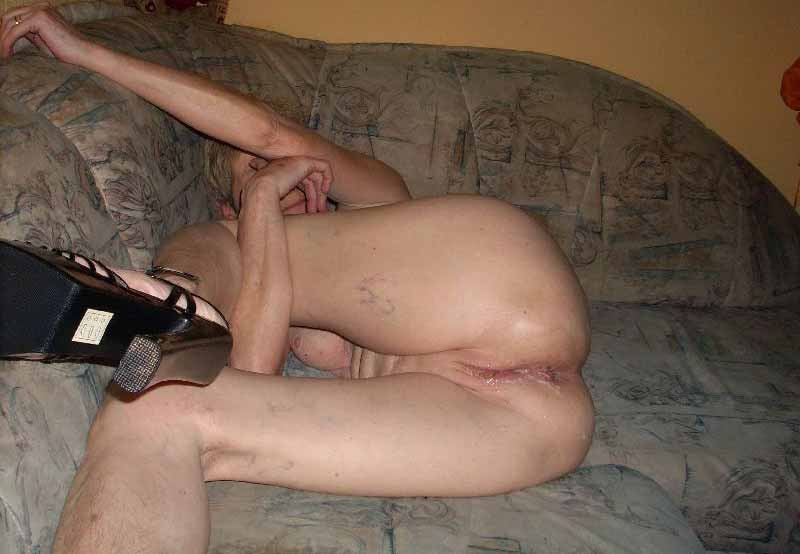 Wrinkled old granny pussy cum