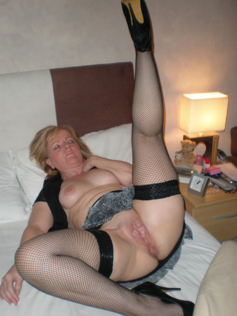 порно в старых чулках фото