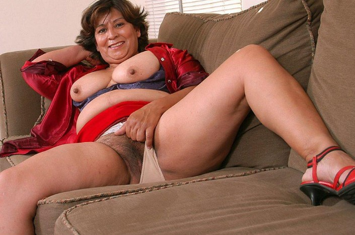 XXX-Porno-Picture: www.sexsitejunkie.com/granny/10102-1908/13.html