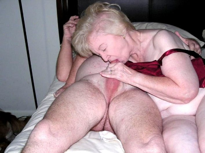 geile oma fotze sexy granny sex pictures and a lot more amateur sex ...: http://www.sexsitejunkie.com/granny/10110-0109/19.html