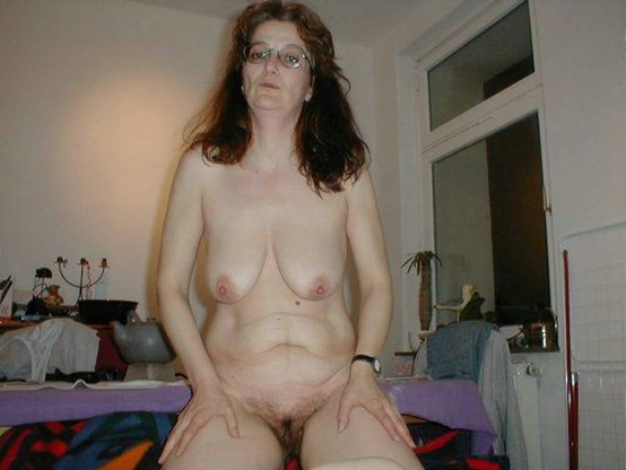 Mature saggy tits sex