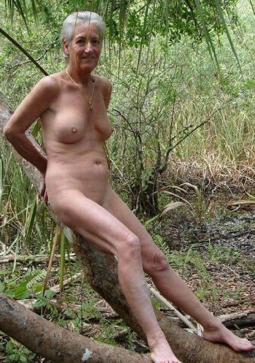 enjoy here more flash and nudist fun our mature and granny ladies are
