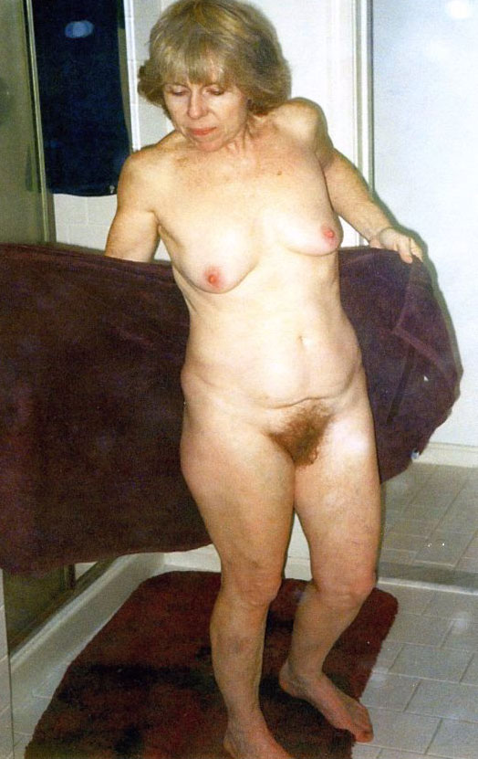 Geile oma Old hairy