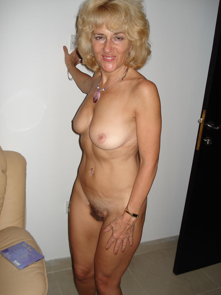 directory Nude amateur clip