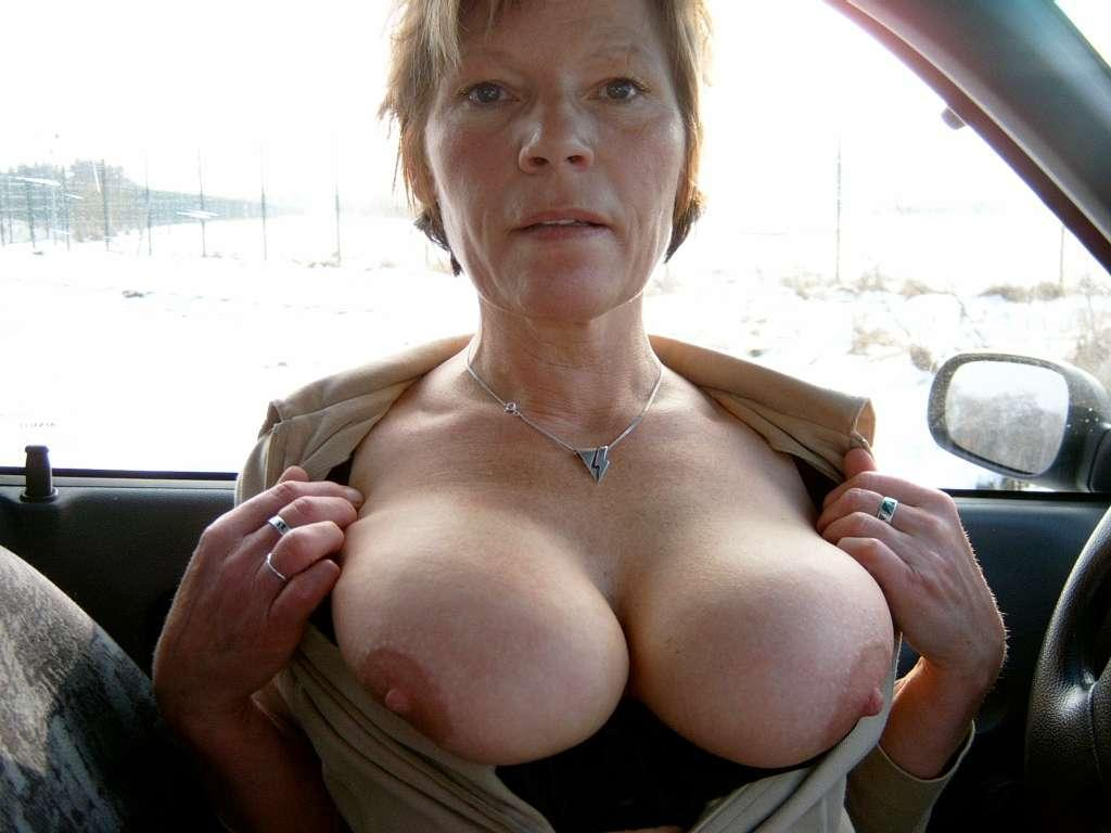 Mature big breasted pictures in public