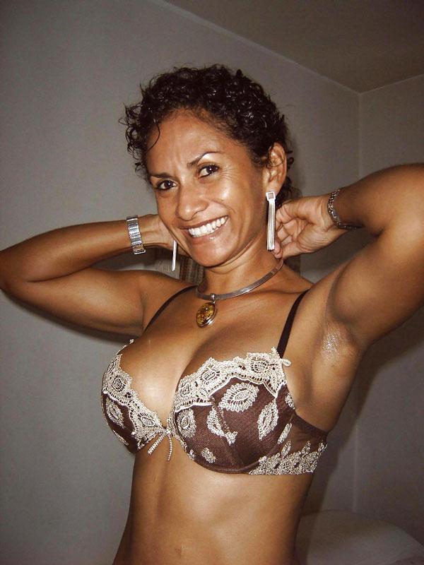 sexy hot ugandan naked ladies