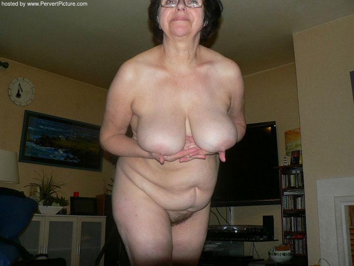 Sexy mom xxx