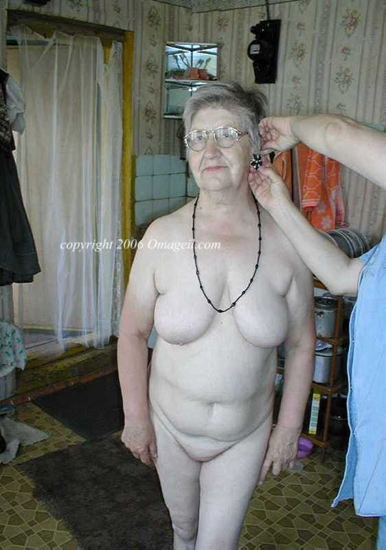 kirsten dunst nude wallpaper