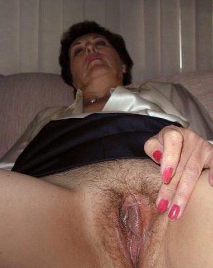 Sexy Oma in lingire free porn
