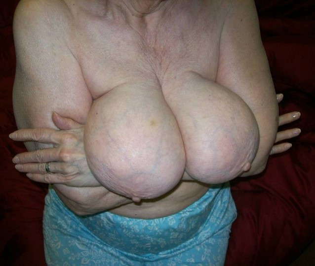 Wife wants threesome stripper